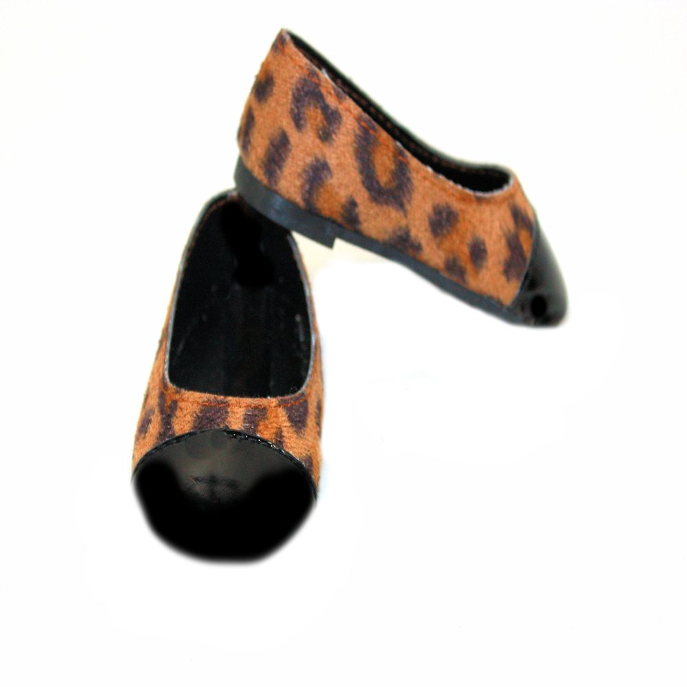 Dream Big Wholesale Doll Clothes Arianna Patent Cap Toe Brown Leopard