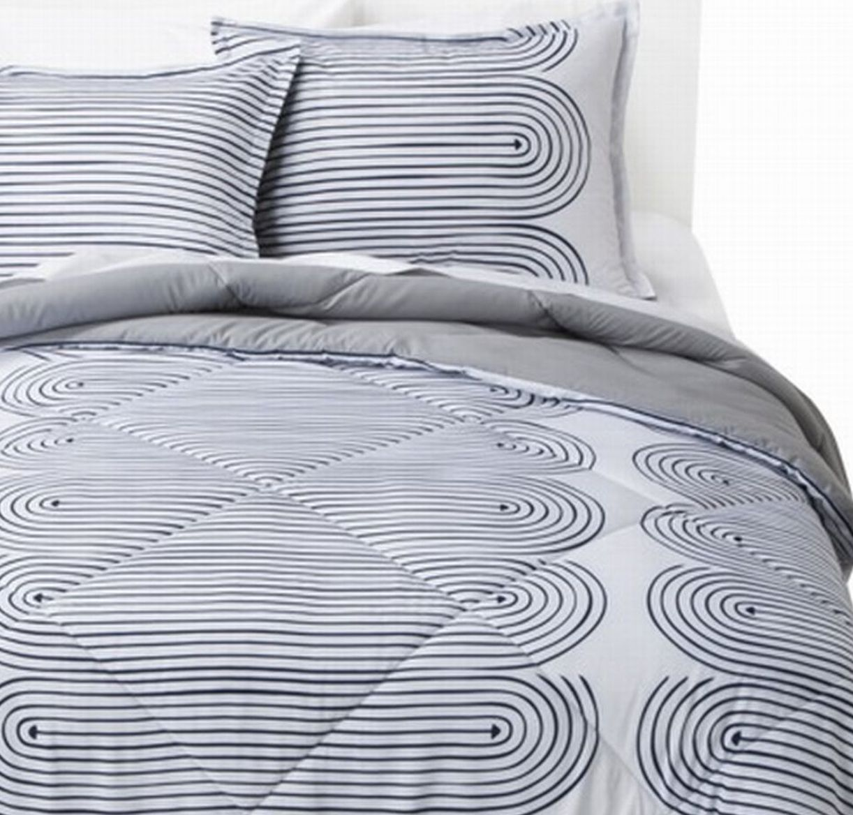Geometric Arrow Twin XL Blue & White Stripe Reversible Comforter