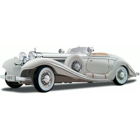 1936 Mercedes Benz 500K Typ Roadster Convertible, White - Maisto Premiere 36055 - 1/18 Scale Diecast Model Toy (Best Mercedes Benz Model)