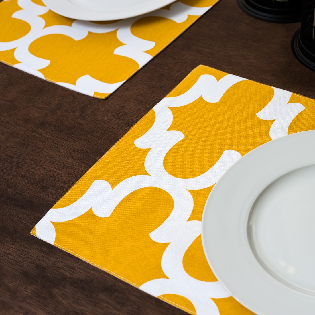 Linen Tablecloth Trellis Placemat Set (set of 4), Mustard Yellow and White by Linen Tablecloth