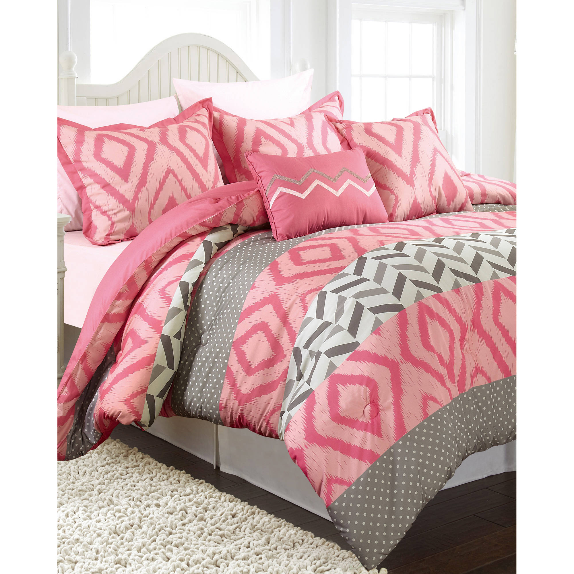 Maddy 4-Piece Bedding Comforter Set