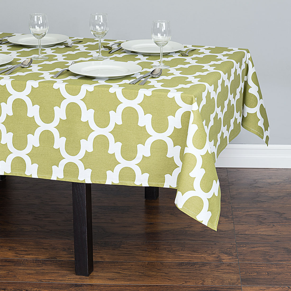 60 in. Trellis Square Cotton Tablecloth Olive Green & White by