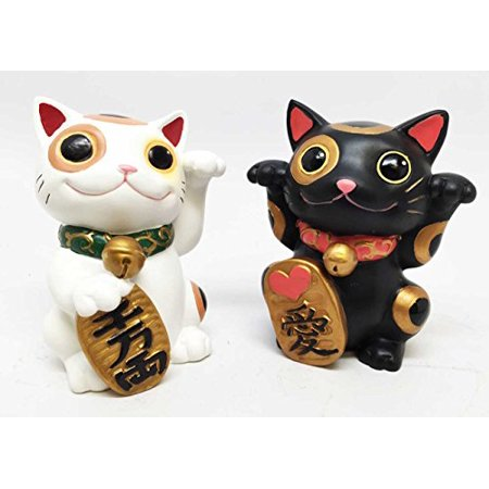 SET OF TWO JAPANESE LUCKY CHARM MANEKI NEKO CATS COLLECTOR FIGURINES MAO MAO