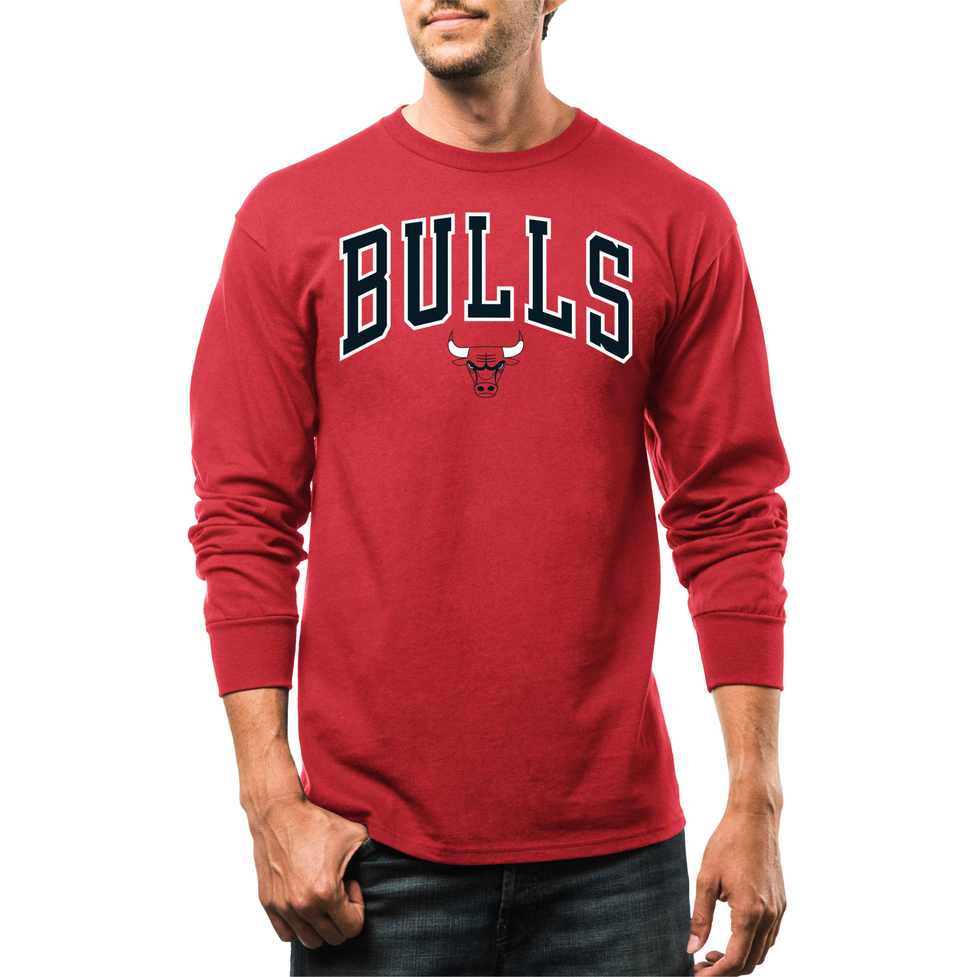 NBA Chicago Bulls Men's Put Back Long Sleeve Crew Neck Basic Tee