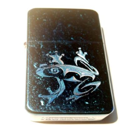 Vector KGM Thunderbird Custom Lighter - Tree Frog Tattoo Logo Vintage Sparkle Blue Hi Polish Chrome Finish (Finished Frog)