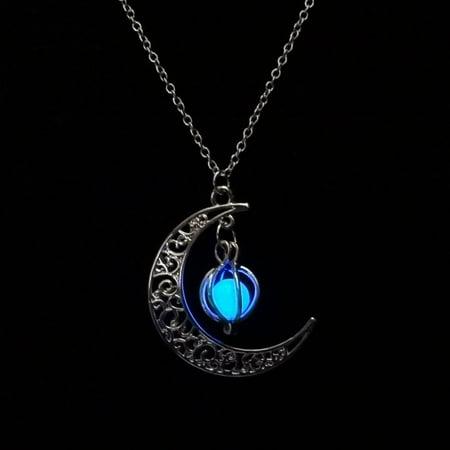 Moon shaped Luminous Pumpkin Pendants Clavicle Chain Necklace ()