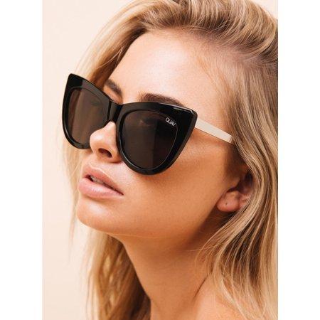 QUAY Australia STEAL A KISS BLACK / SMOKE LENS (Quay On The Prowl Sunglasses)