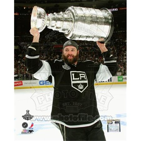 Photofile PFSAAOY18801 Dustin Penner with the Stanley Cup Trophy after Winning Game 6 of the 2012 Stanley Cup Finals Photo Print -8.00 x 10.00 - image 1 of 1