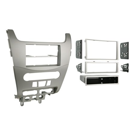99-5816 Single or Double DIN Installation Kit for 2008-2009 Ford Focus, Custom design allows retention of the factory air vents in their original location By Metra