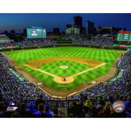 Wrigley Field 2017 Photo (Wrigley Field Framed Photo)