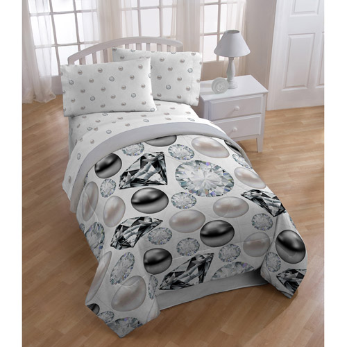 Diamonds and Pearls Bedding Comforter