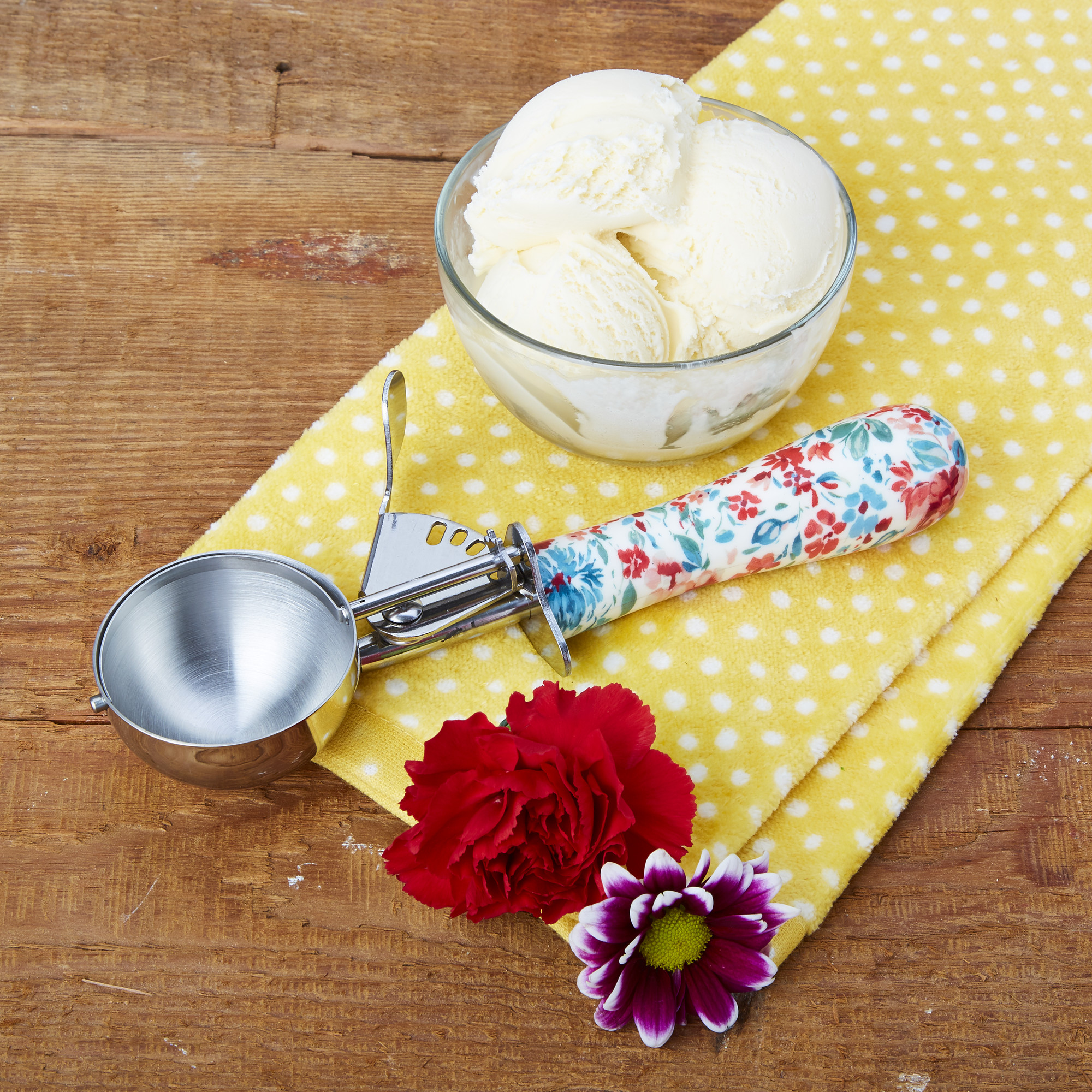 The Pioneer Woman, Gorgeous Garden Stainless Steel Trigger Ice Cream Scoop