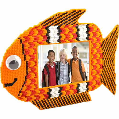 "Fun Fish, Orange Fish Framous Plastic Canvas Kit-6.7""X8.5"""
