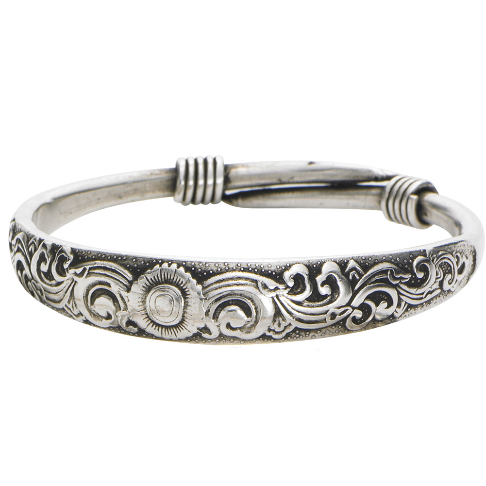 Women's Silvertone Bangle Bracelet - Flowers - Small/Medium