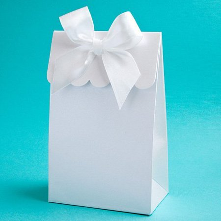 Elegant white gift box or bag favors with bow for do it yourself elegant white gift box or bag favors with bow for do it yourself filling 24 solutioingenieria Choice Image