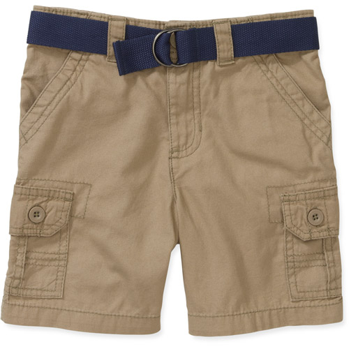 Boys Shorts & Boys Cargo Shorts. Boys' shorts & cargo shorts are great for running around in the yard or just for wearing on a warm day. You can find the right style for your wardrobe with khaki cargo shorts or plaid shorts.. Boys can look great any day of the week with plaid shorts.