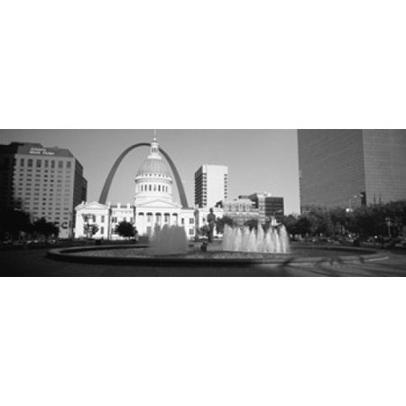 Fountain In Front Of A Government Building St Louis Missouri USA Canvas Art - Panoramic Images (18 x 7)
