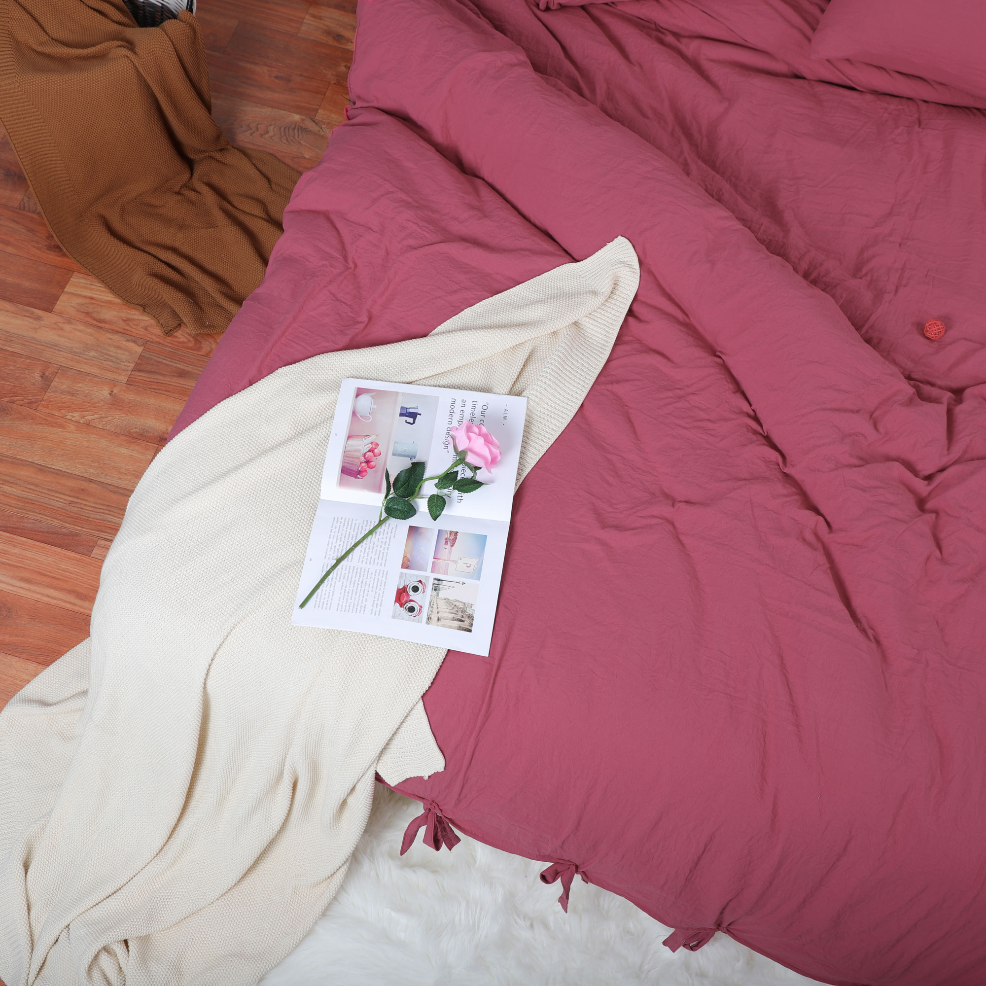 Duvet Cover And Shams Egyptian Comfort 1800 Count Bedding Set Red Queen - image 3 of 8