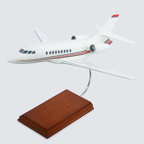 Daron Worldwide Dassault Falcon 2000 Model Airplane by Toys and Models Corp