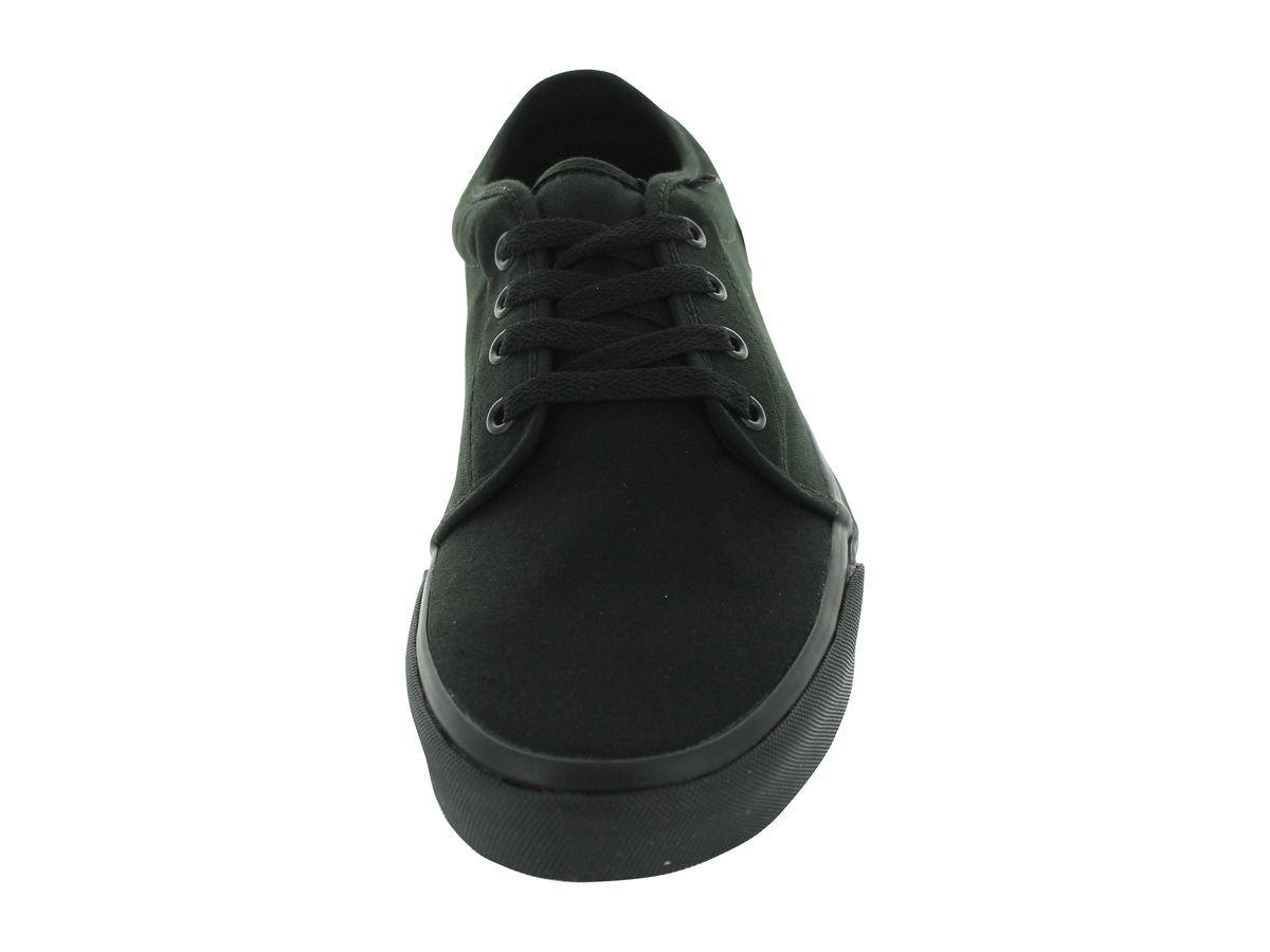 VAN'S 106 VULCANIZED SKATE SHOES Economical, stylish, and eye-catching shoes
