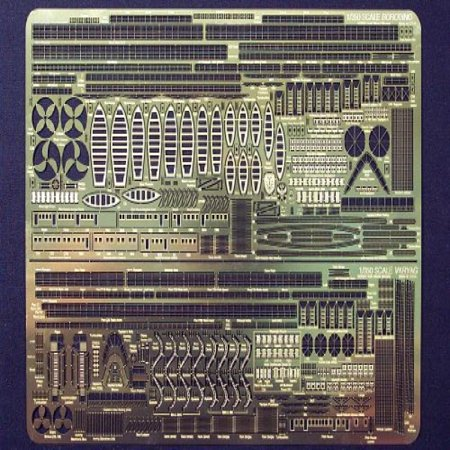 Gold Medal Models - BORODINO/VARYAG 1:350 (Modelo Gold)