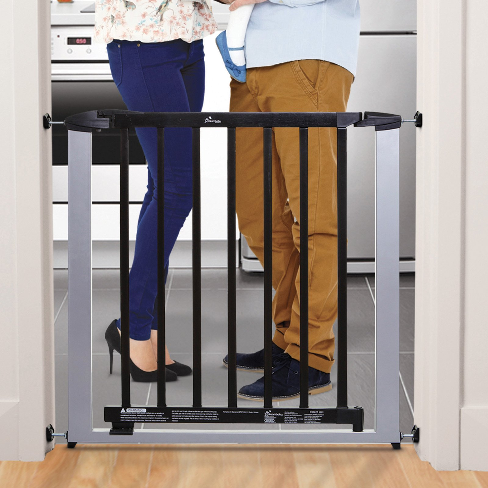 "Dreambaby Windsor Auto-Close Security 28.5""-34.5"" Baby Gate"