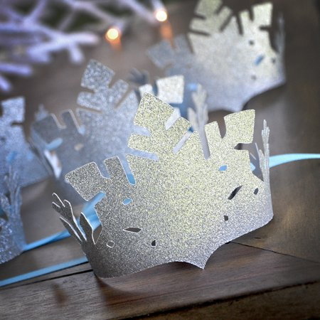 Frozen Party Favor Crowns (Set of 5 crowns). Silver and Baby Blue Snowflake Crowns. Winter Party Favors. Winter Onederland Decor.