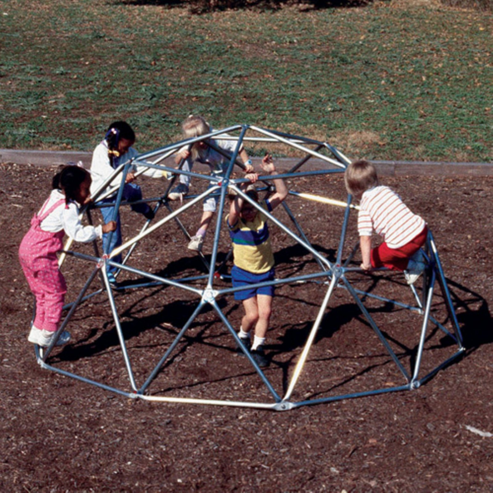 Sportsplay Geo Dome With Painted Brackets
