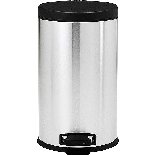 daily tools from simplehuman round step 32gallon trash can