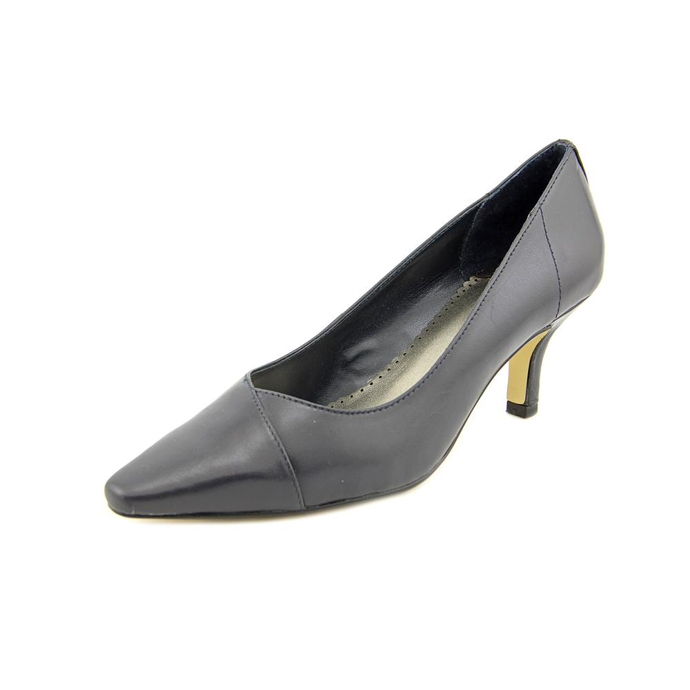 Bella Vita Wow WW Pointed Toe Leather Heels by Bella Vita