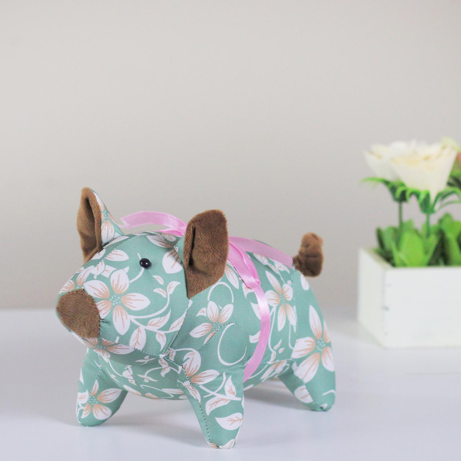 """10"""" Country Green Floral Easter Piglet Spring Decoration"""