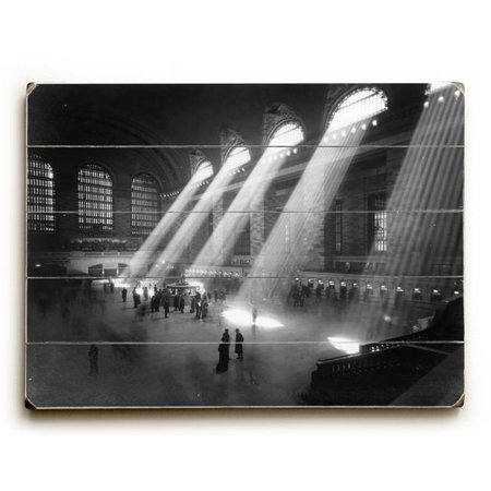 One Bella Casa 0003-2029-31 25 x 34 in. New York City C. 1940s Grand Central Railroad Planked Wood Wall Decor by Underwood Photo Archive