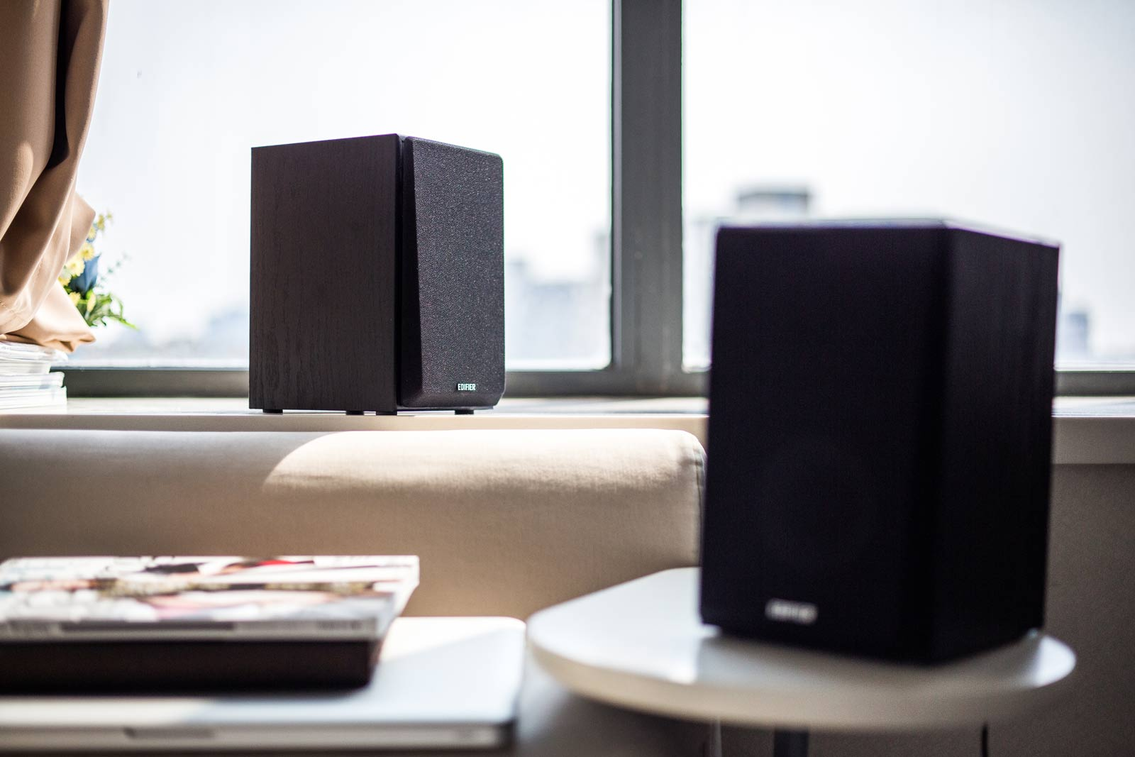 Edifier R980T 4 Active Bookshelf Speakers