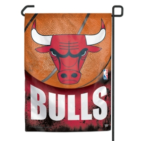 "Chicago Bulls 11""x15"" Garden Flag"