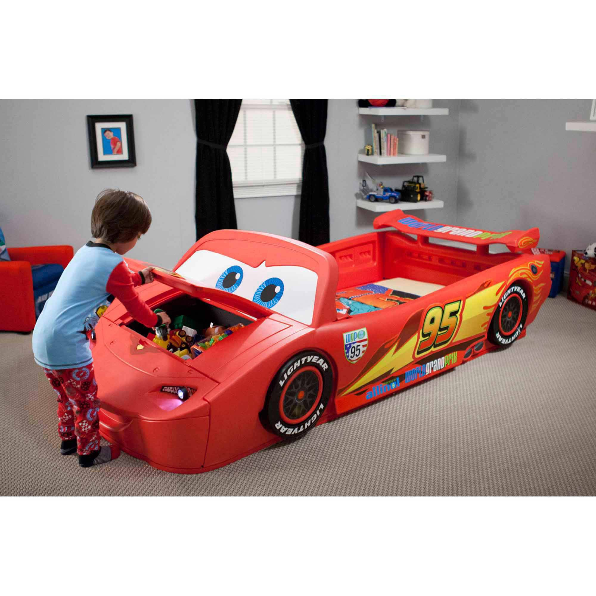 Delta Children Cars Lightning McQueen Toddler-to-Twin Bed with Lights and Toy Box