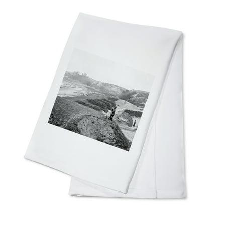 Yorktown, Virginia - Water Battery #2 Civil War Photograph (100% Cotton Kitchen Towel)](Halloween Virginia Water)