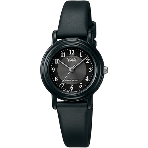 Casio Women's Casual Classic Analog Watch, Black