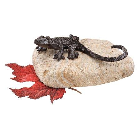 Design Toscano 3 in. Sun Bathing Lizard Cast Iron Garden Statue ()