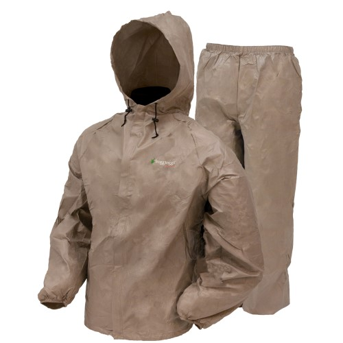 Click here to buy Frogg Toggs Ultra Lite Rain Suit Khaki Medium UL12104-04MD w Cloth by Frogg Toggs.