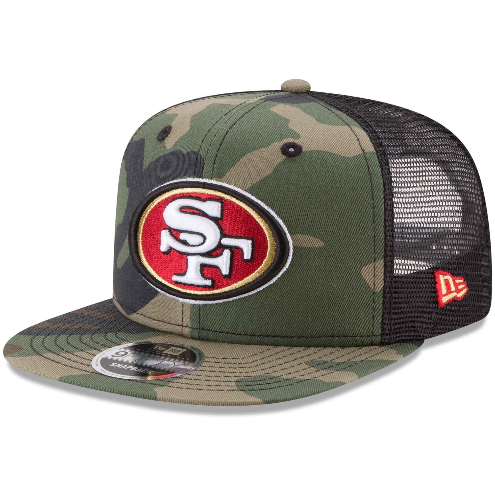 San Francisco 49ers One Size New Era Christmas Jumper Trucker Cap