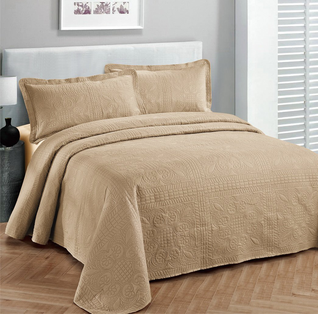 Fancy collection 3pc Bed Spread Embossed Bedsocover Solid Over size King / California king Taupe New