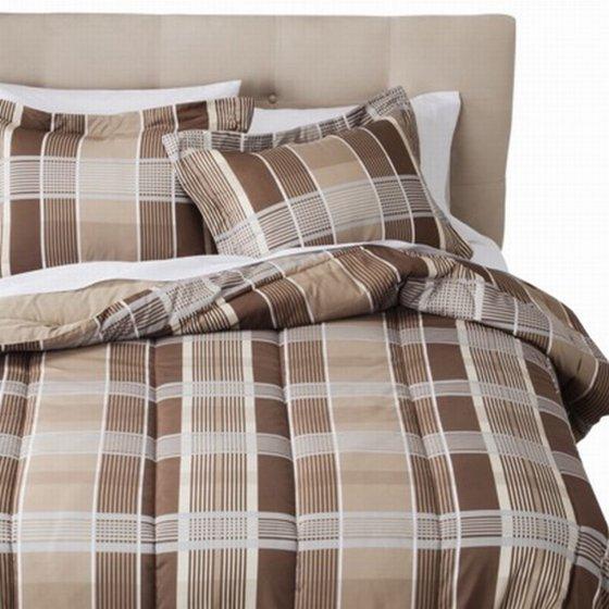 room essentials twin bed in bag brown tan plaid comforter set sheets sham 6 pc. Black Bedroom Furniture Sets. Home Design Ideas