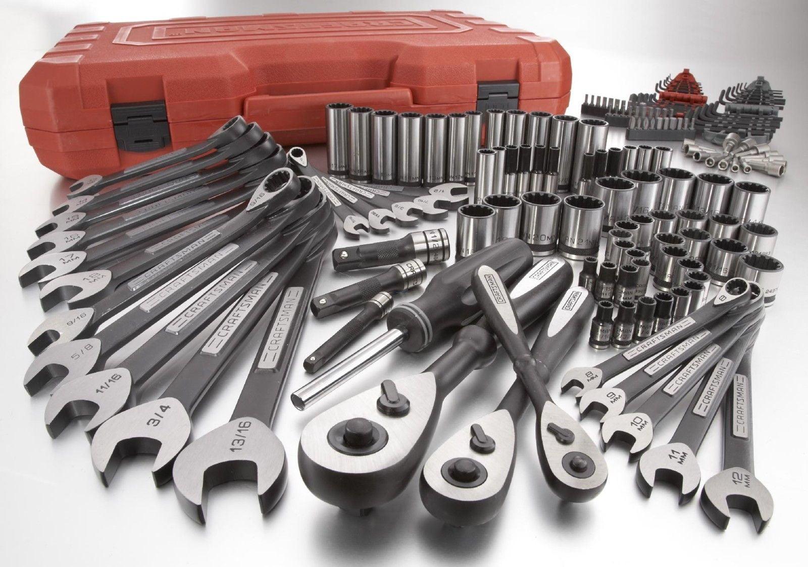 Craftsman Universal Mechanic's Tool Set 153 pc. Wrench Socket 39153 by Craftsman