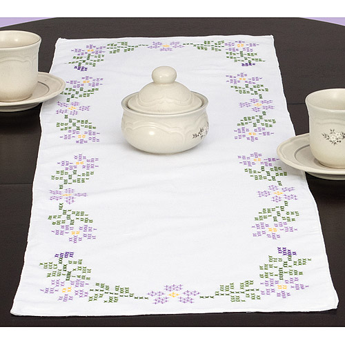 "Jack Dempsey Starflowers Stamped Table Runner, 15"" x 42"""