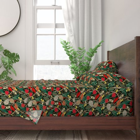 Christmas Foliage Berry B278 100% Cotton Sateen Sheet Set by Roostery ()