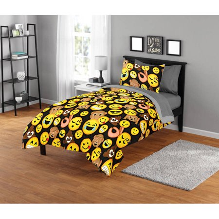 Smiley Face Charts - EmojiPals Smiley Face Comforter Set