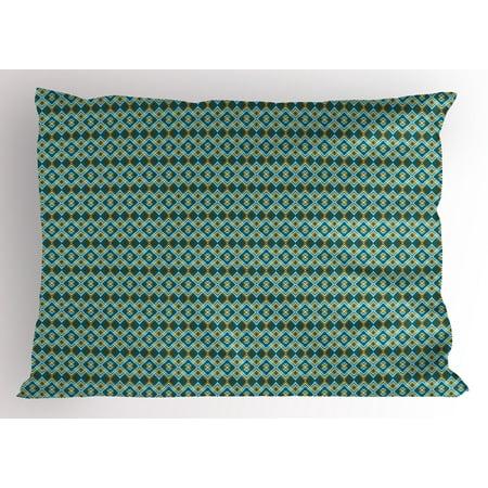 King Size Bed Pillow Arrangement Displays