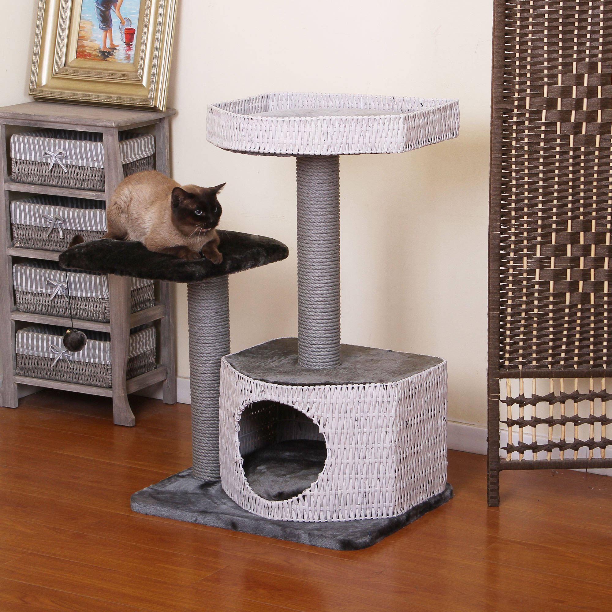 PetPals Group Nightingale Classic White and Sliver Cat Tree