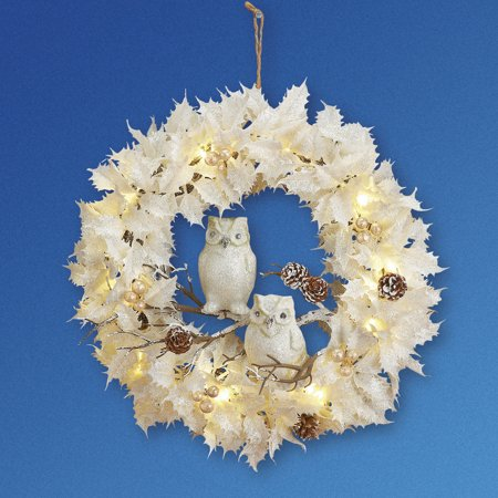 Lighted White Christmas Wreath w/ Owls ()