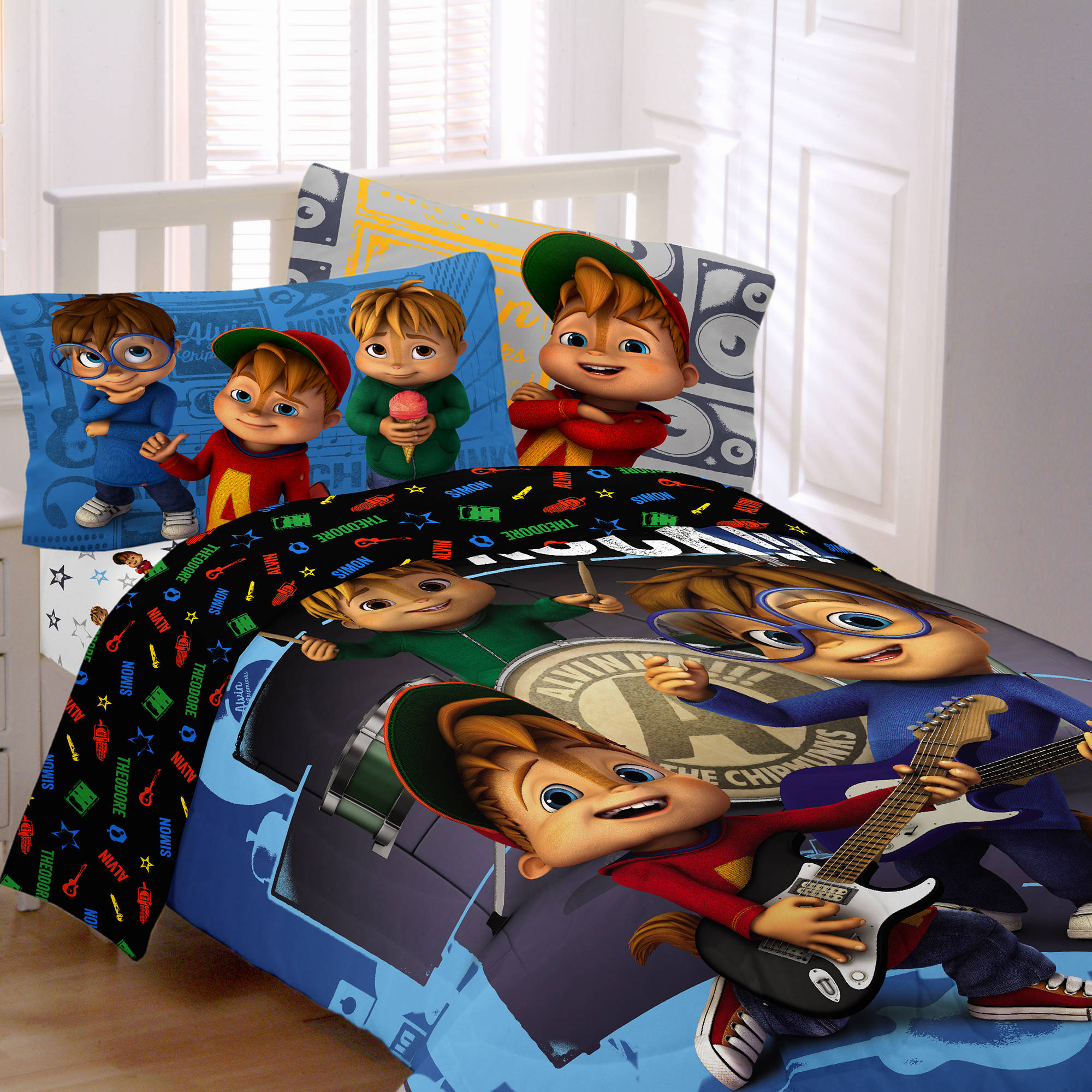 Alvin and the Chipmunks School of Rock Kids Polyester Reversible Twin/Full Comforter